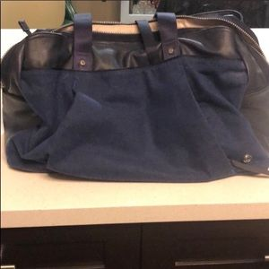 Lululemon triple compartment yoga bag EUC